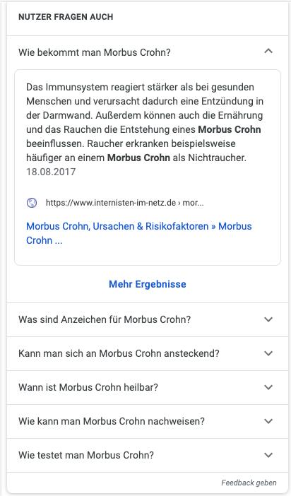Screenshot einer Google Serp mit Antwortbox Integration in der Nutzer fragten auch box zum Thema Morbus Crohn